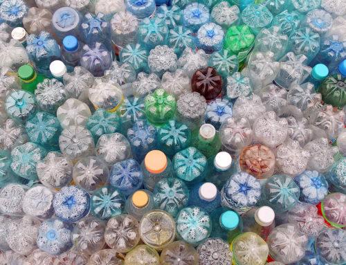 Il Parlamento Europeo approva la direttiva per la riduzione delle plastiche monouso